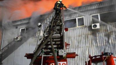 Photo of В Днепре сгорел склад с сухариками и снэками