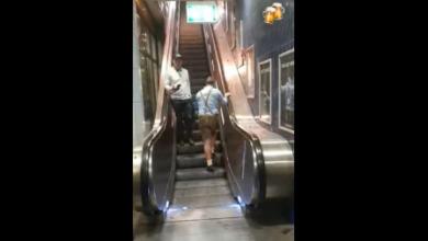 Photo of Фестиваль удался: в сети набирает популярности ролик с мужчиной, идущим против движения эскалатора