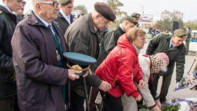 Photo of Жители Днепра отметили 76-ю годовщину освобождения города от немецко-фашистских захватчиков