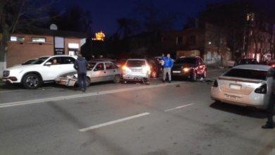 Photo of Погоня в центре Днепра: внедорожник протаранил 10 автомобилей