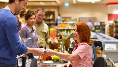Photo of В Украине можно будет снять деньги на кассе супермаркета