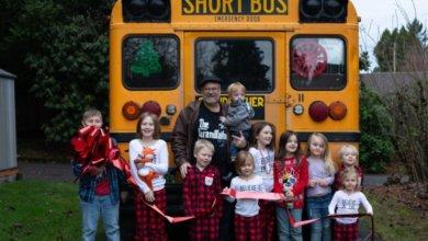 Photo of В Америке дедушка купил школьный автобус, чтобы больше времени проводить с внуками