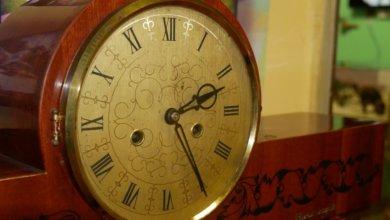 Photo of «Компасы времени»: в Покрове на выставке собрали часы разных эпох